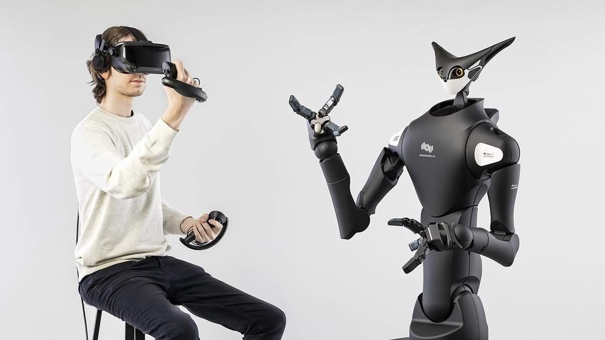Японські роботи, якими за допомогою VR керують люди: відео