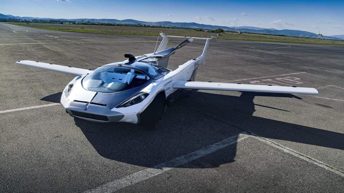 Перший політ літаючого авто-трансформера Klein Vision: відео