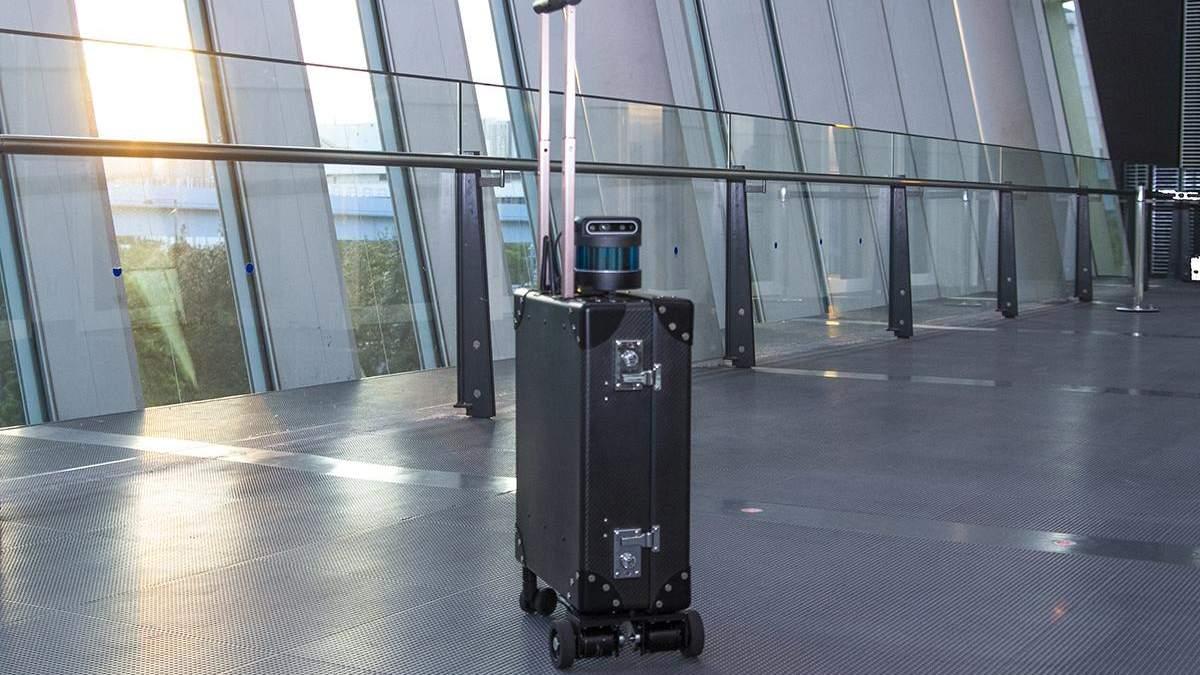 Винайшли валізу для незрячих, обладнану штучним інтелектом: фото