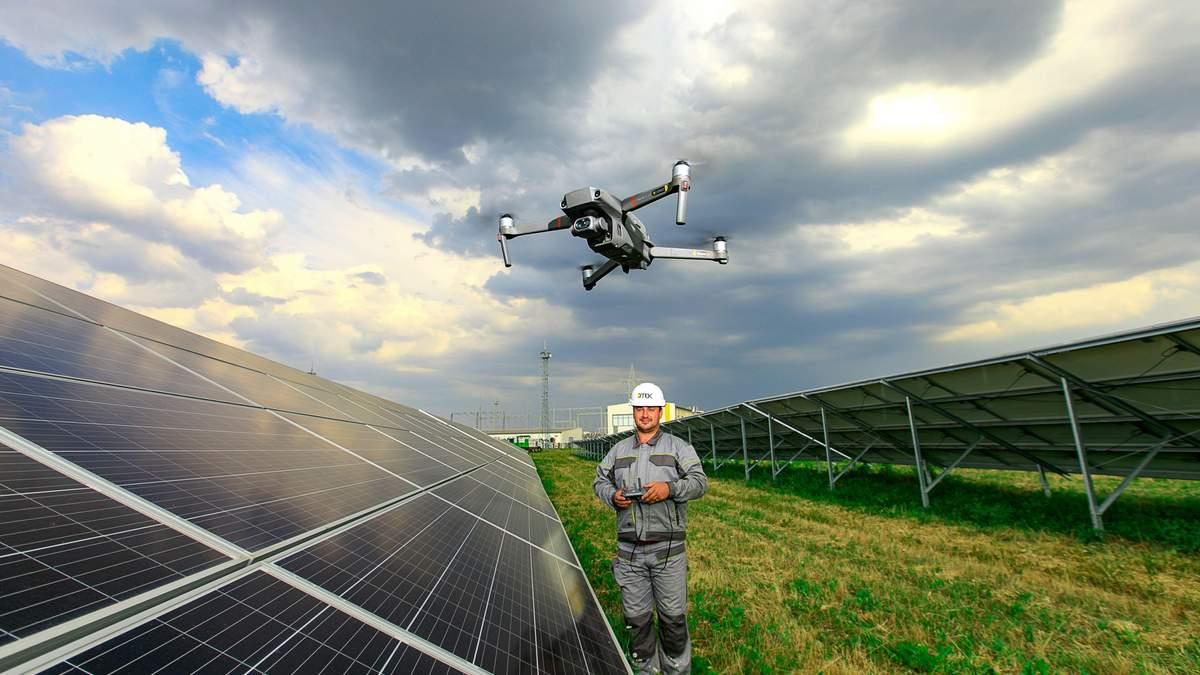 ДТЕК застосовує дрони на сонячних електростанціях