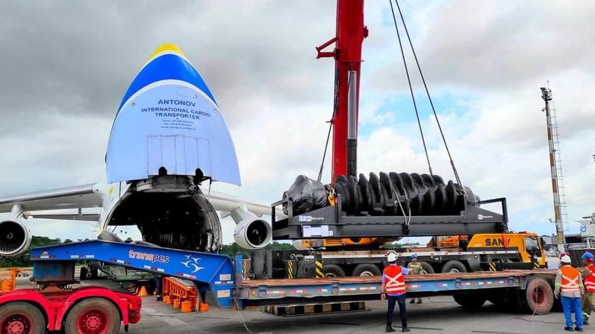 Українські літаки терміново доставили гірське обладнання в Бразилію