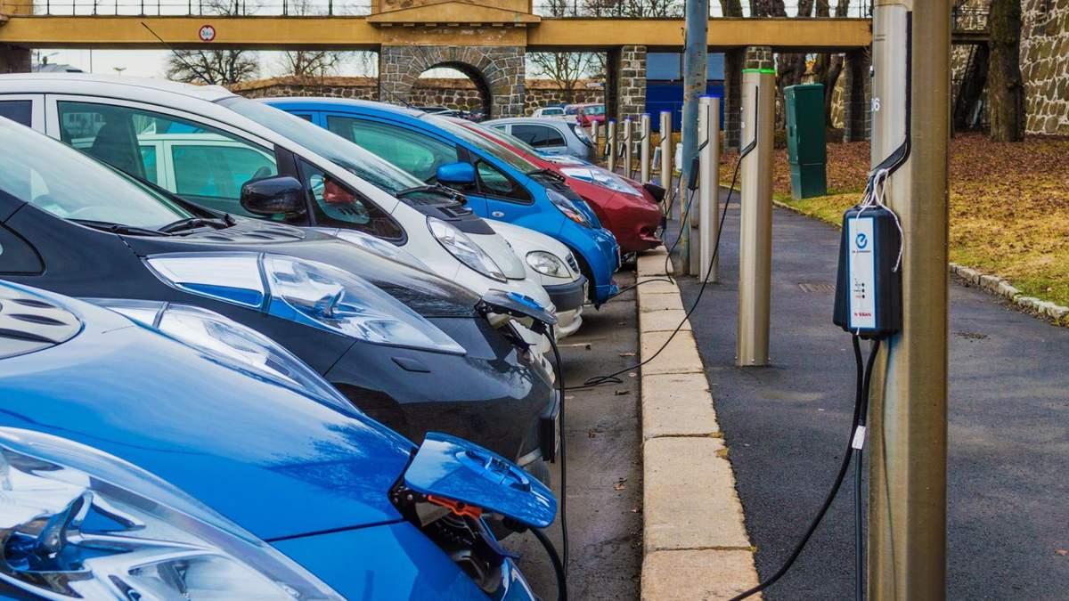 Жизнь без бензиновых авто: в какой стране в марте продали 85% электрокаров