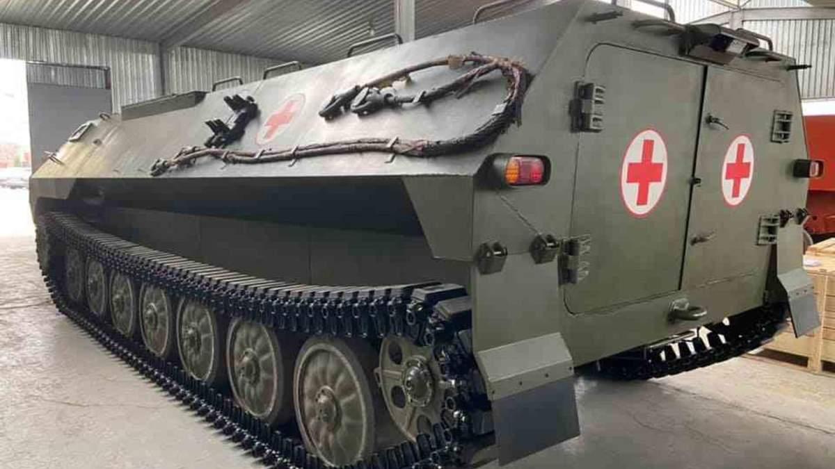Украинцы представили новые медицинские бронеавтомобили: фото