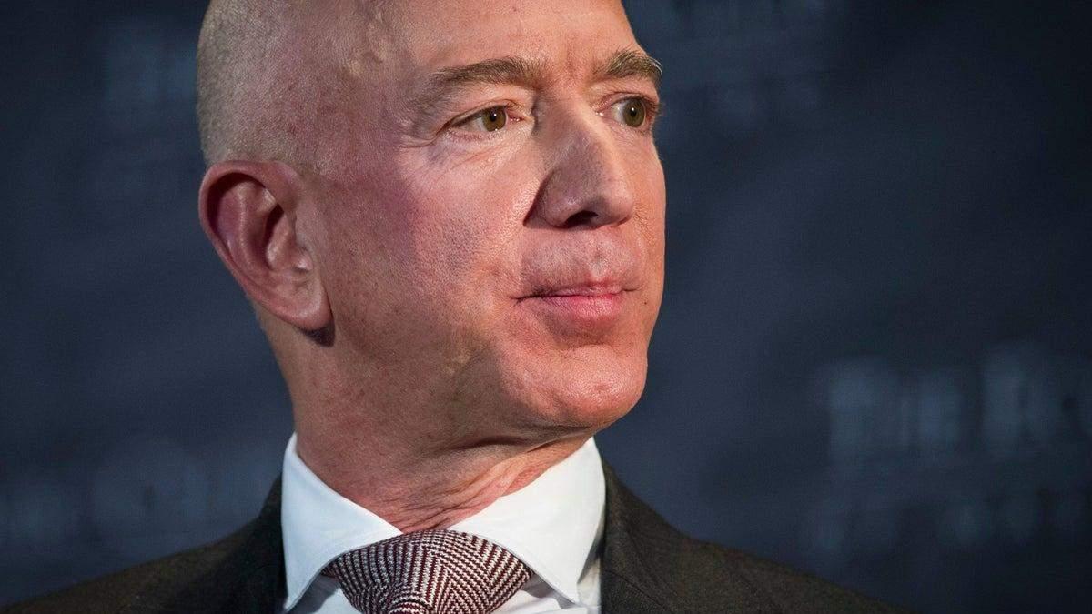 Безос написав прощального листа на посаді гендиректора Amazon