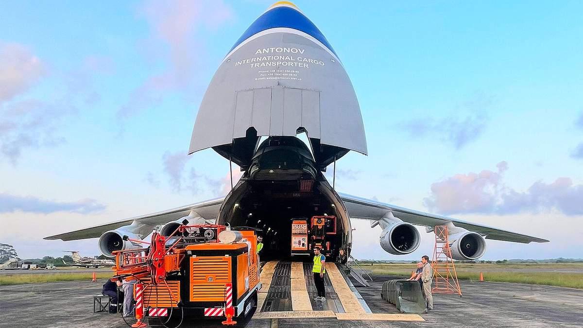 Украинские самолеты Ан-124 в жесткие сроки перевезли оборудования в Африку: фото