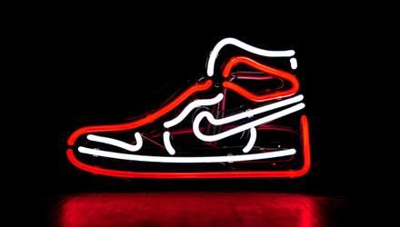 Nike выпустила новую версию кроссовок с автоматической шнуровкой: как выглядят, цена