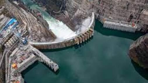 Китайцы запустили ГЭС, которая станет второй в мире по мощности: впечатляющие фото
