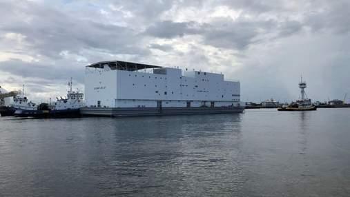 Військові США отримали незвичне судно, схоже на Ноїв ковчег: фото