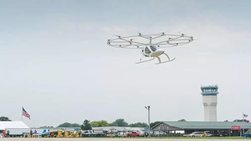 Стартап Volocopter здійснив перший публічний політ свого повітряного таксі: потужне відео