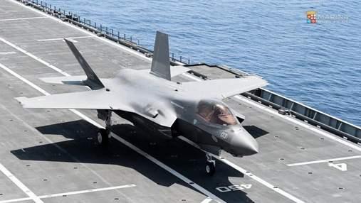 Итальянский авианосец Cavour принял свой первый истребитель F-35B