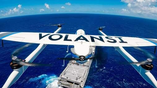 Впервые в истории: дроны Volansi доставили груз с одной движущегося судна на другое