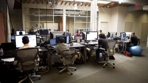 Facebook отложила возвращение сотрудников в офисы: заявление компании