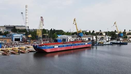 """""""Нибулон"""" спустил на воду первое 100-метровое судно проекта В5000М"""