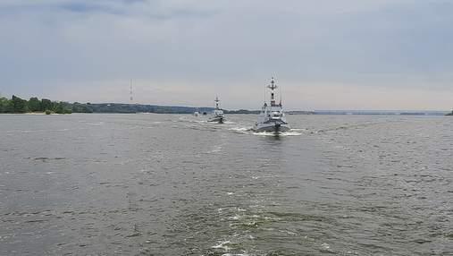 Катера ВМС Украины прибыли в Черкассы: красноречивые фото