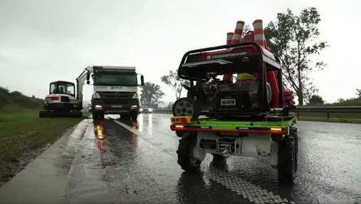 На дорогах Львовщины испытывают робота-помощника ALLY