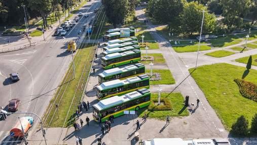 У Вінниці на маршрути вийшли нові екологічні автобуси