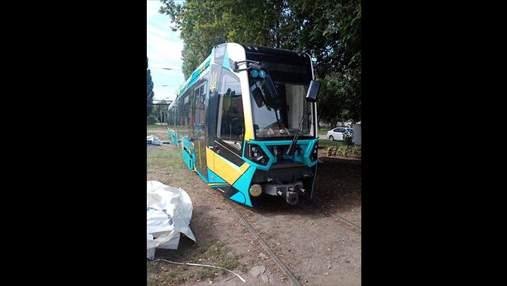 Харьков испытывает швейцарский трамвай Stadler