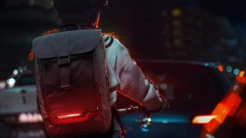Torch для велосипедистів: рюкзак з вказівниками повороту